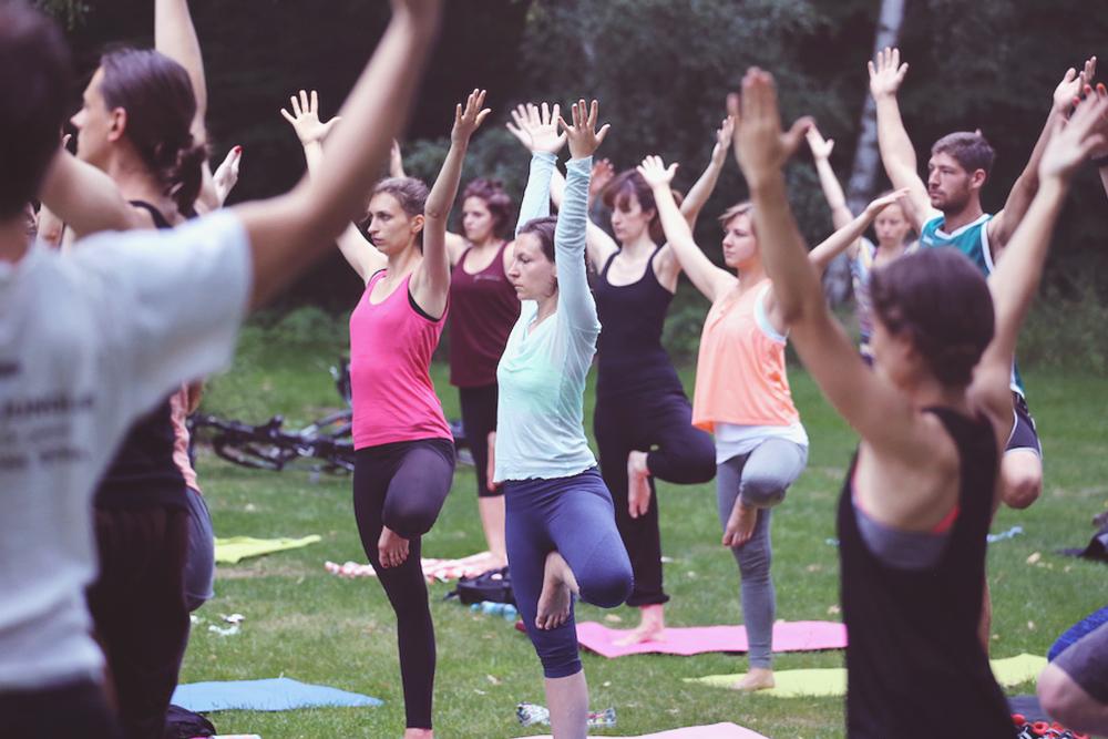 asanayoga_Yoga_im_tiergarten_outdoor_berlin_12