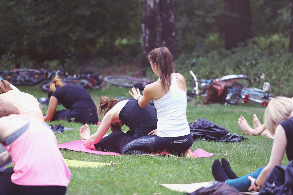 asanayoga_Yoga_im_tiergarten_outdoor_berlin_15