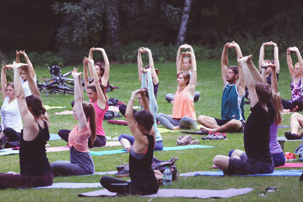 asanayoga_Yoga_im_tiergarten_outdoor_berlin_3