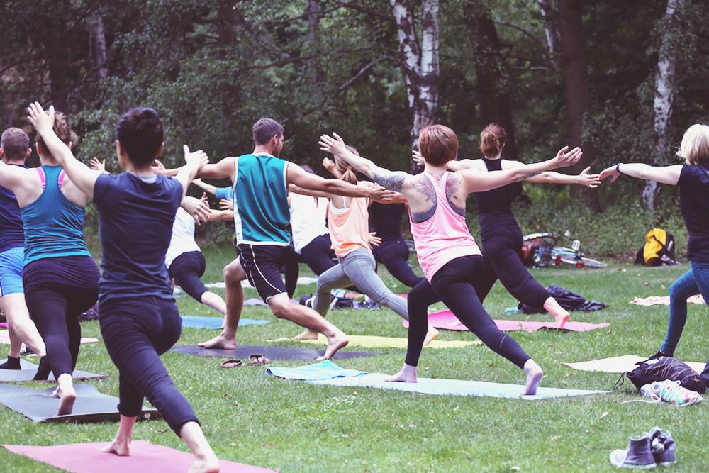 asanayoga_Yoga_im_tiergarten_outdoor_berlin_9