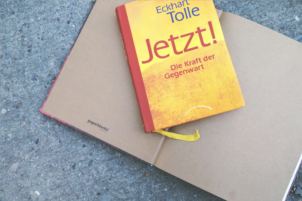Yoga_travel_Essentials_Bali_Packliste_Power_of_now_tolle