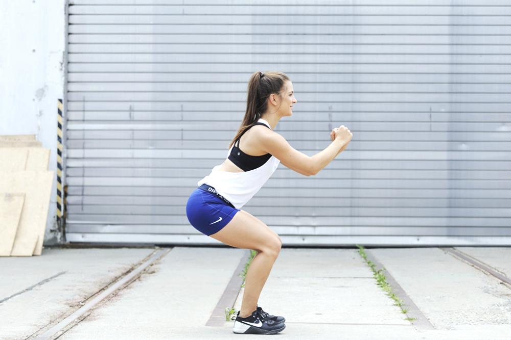 5minuten_po_workout_squat 2