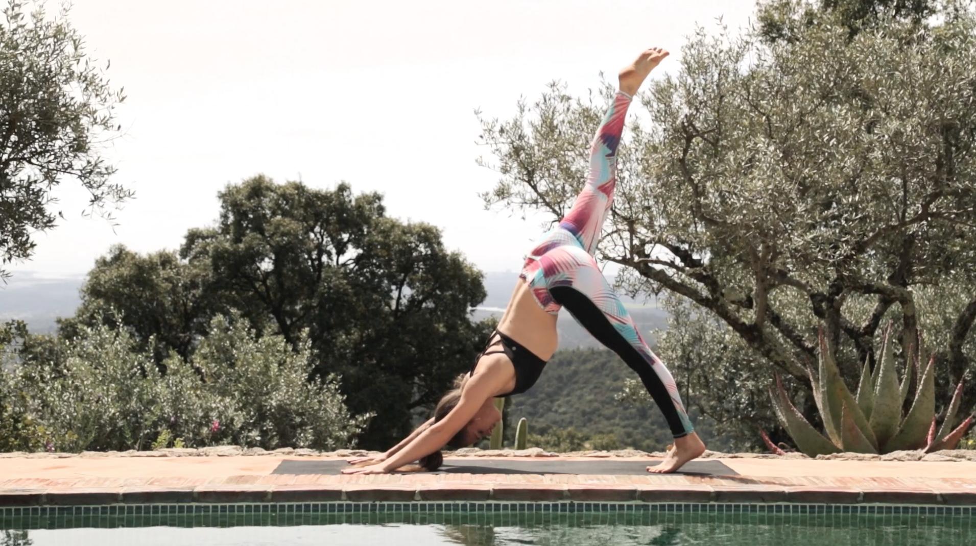 Yoga-Sonnengruß-Routine-Workout-1
