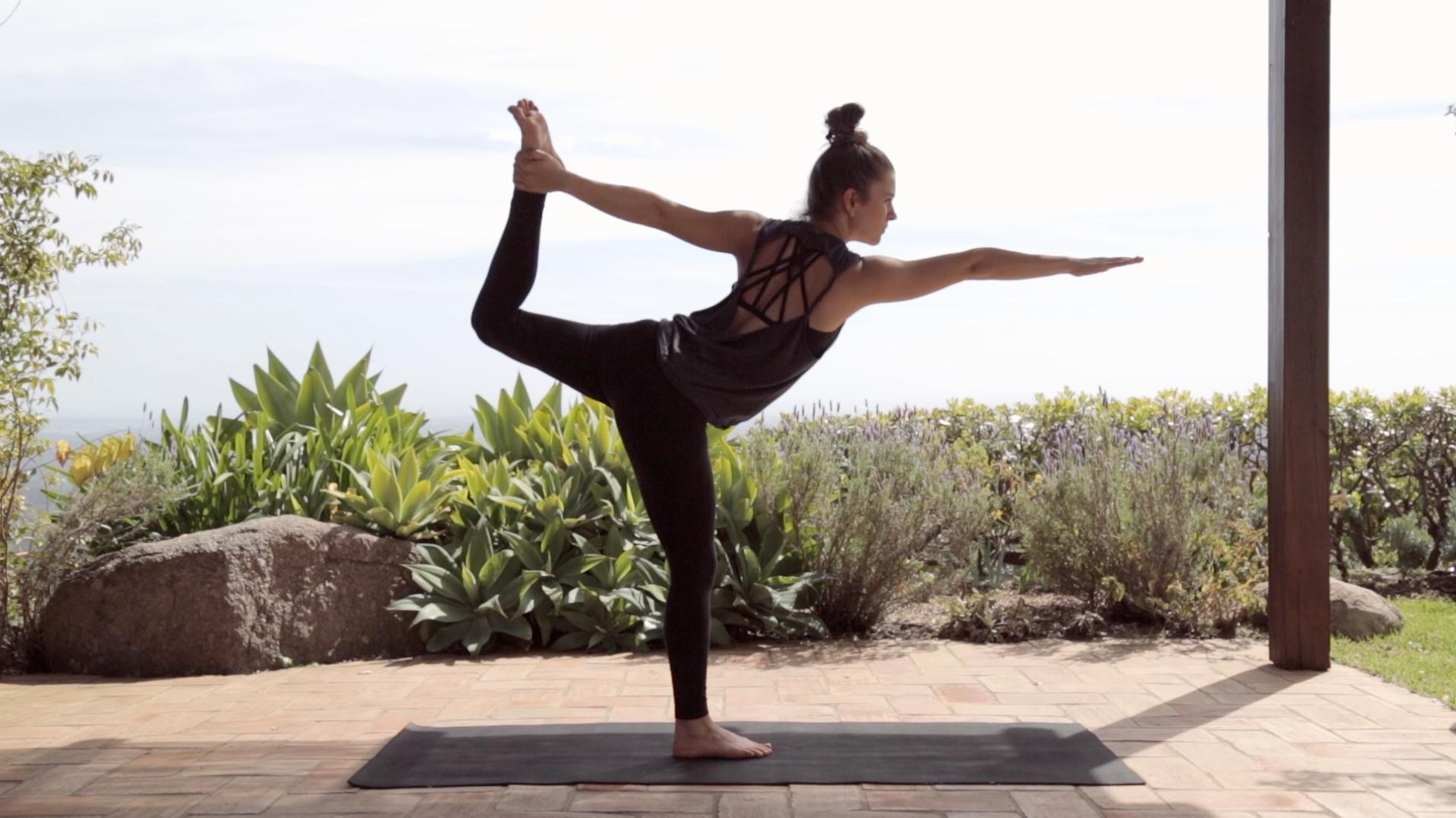 Yoga-Vinyasa-Flow-Mady-Morrison-2