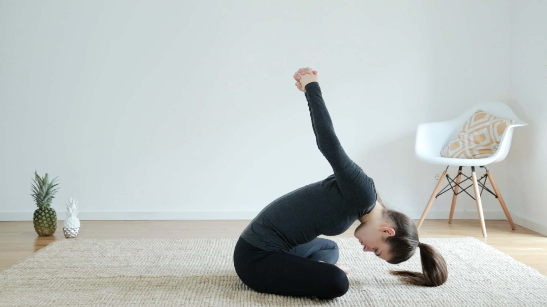 Yoga-Warmup-Relax-Workout-Routine-8