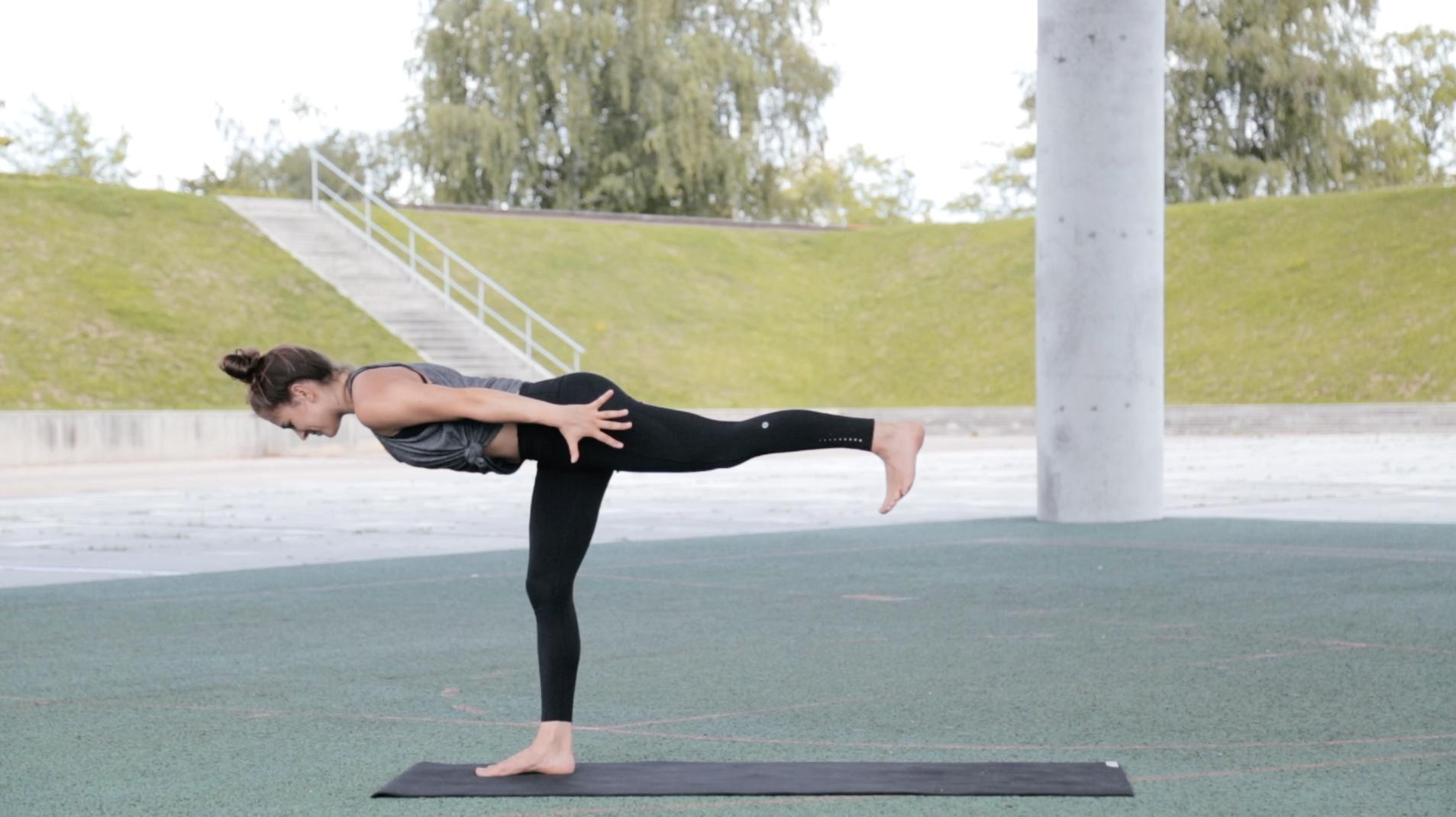 Mady-Morrison-yoga-Warrior-Flow-00013