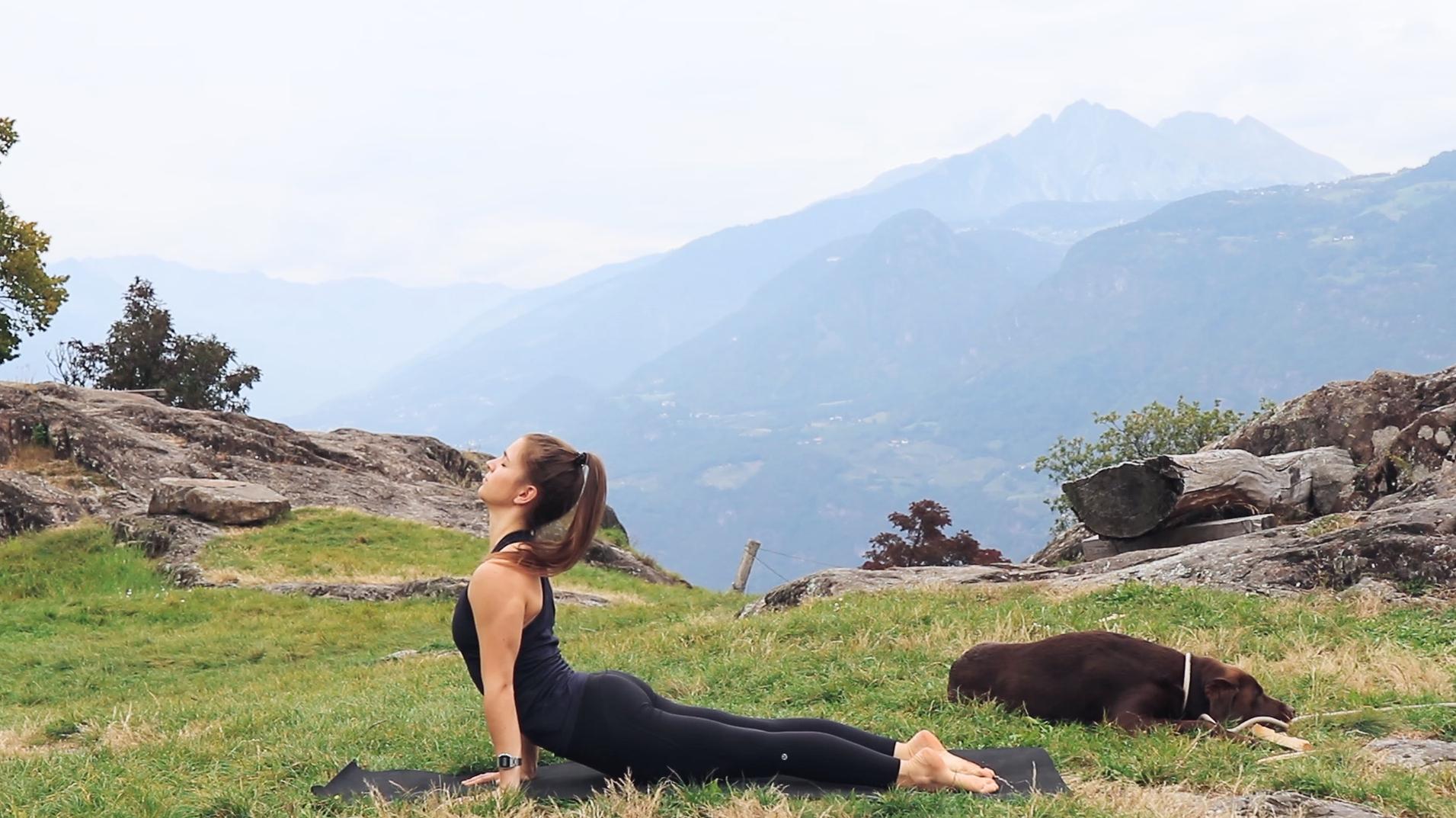 Mady-Morrison-Yoga-Mountain-Flow-Kraft-Staerke-00012